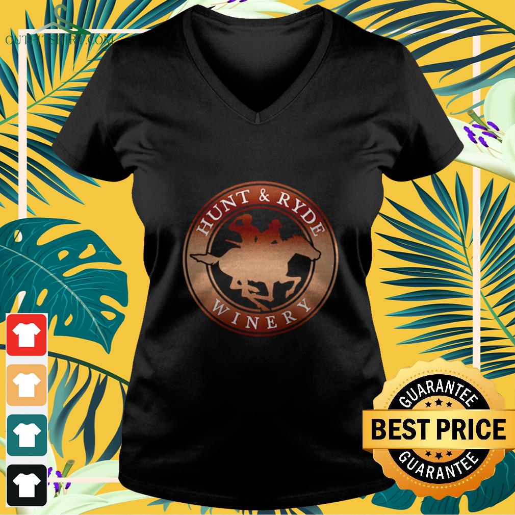 hunt and ryde winery V neck t shirt