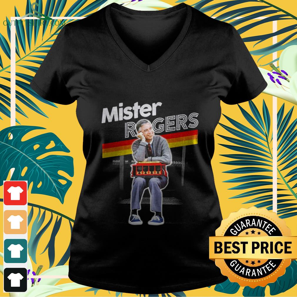 mister rogers smiling seaning on trolley V neck t shirt