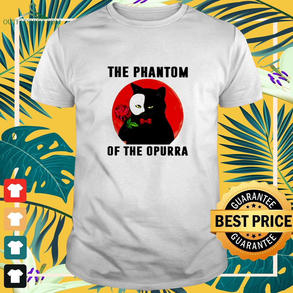 Black cat the phantom of the opurra Halloween t-shirt