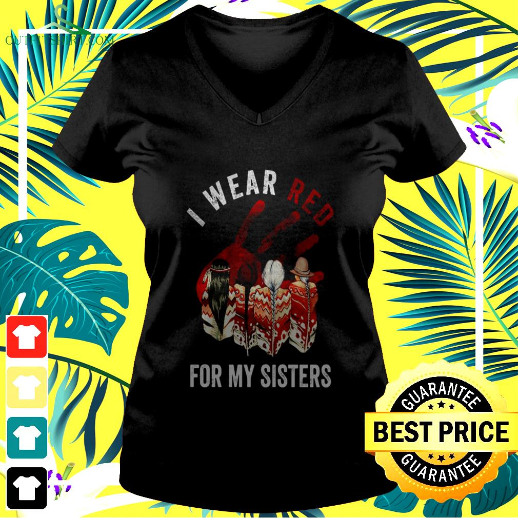 I wear red for my sisters v-neck t-shirt
