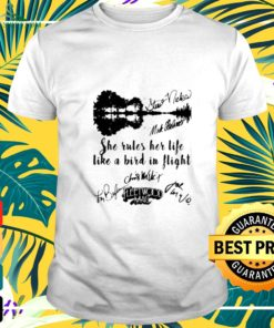 Fleetwood mac she rules her life like a bird in flight signatures t-shirt