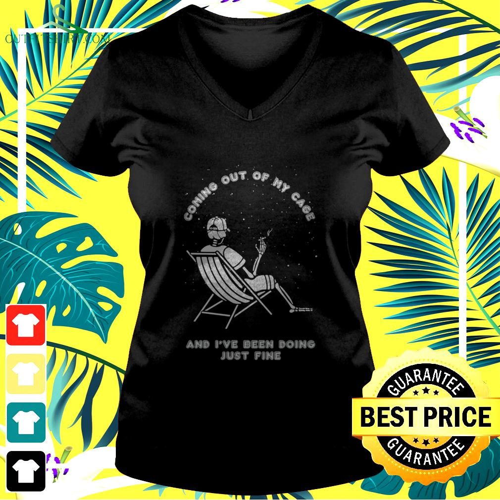 Skeleton smoking coming out of my cage and I've been doing just fine v-neck t-shirt