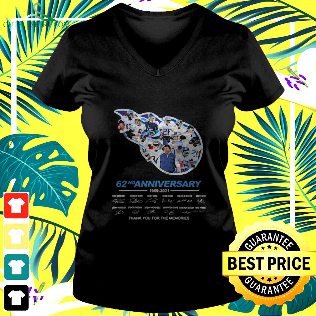 Titans 62nd anniversary thank you for the memories signatures v-neck t-shirt