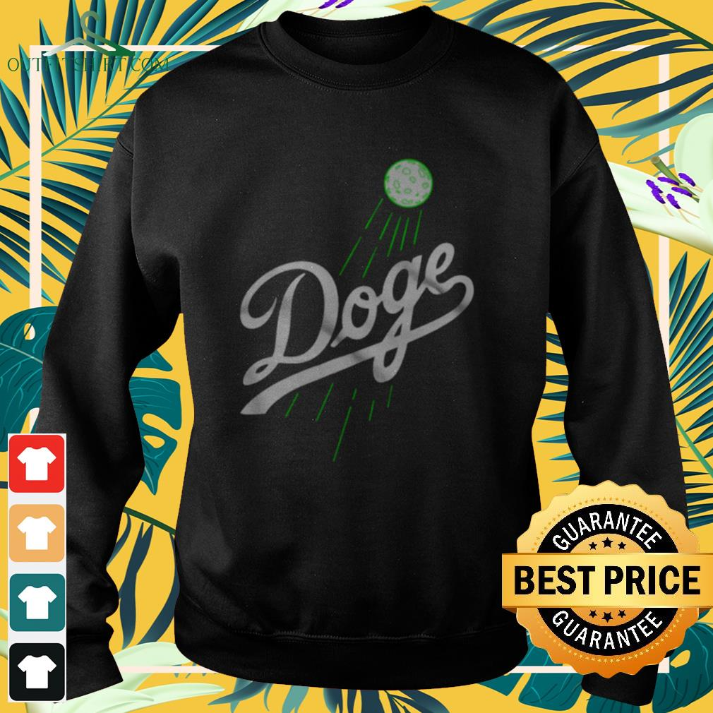 Doge to the moon Sweater